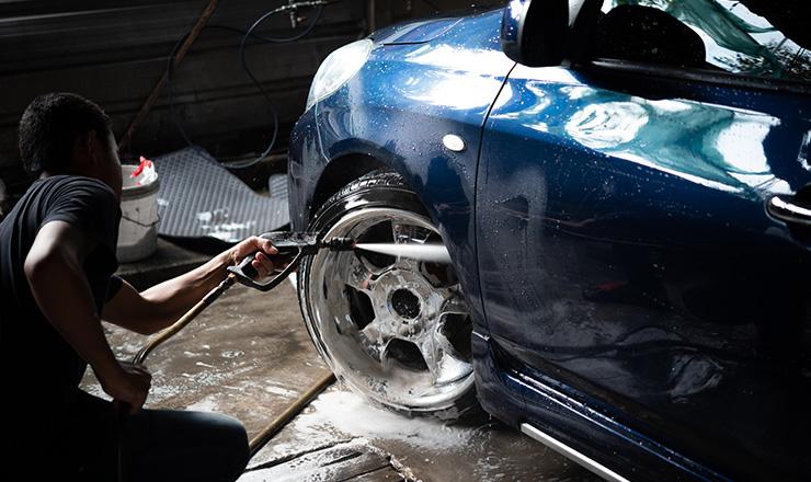 手洗い洗車を専門業者に依頼するメリット